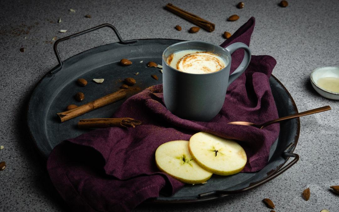 Warmer Apfelkuchen-Smoothie